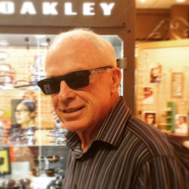 Dr Skilling sporting his new sunglasses coolshades eyesareprotected raybans