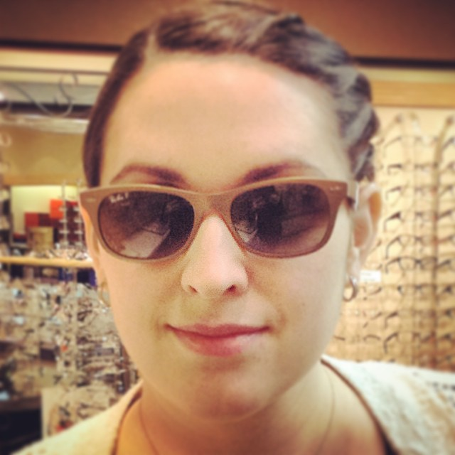 Ali is looking good in Ray Bans. #raybans #sunglasses